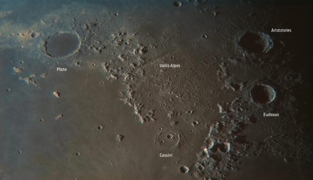 Księżyc oporanku